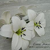 Краб для волос с белой лилией