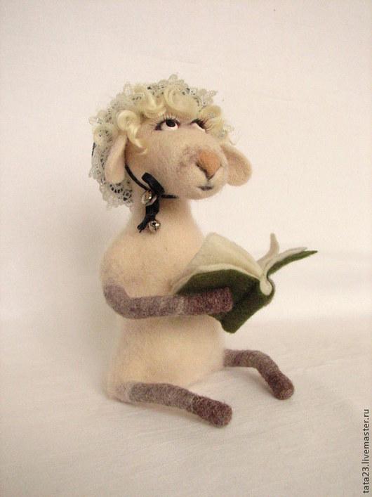 Игрушки животные, ручной работы. Ярмарка Мастеров - ручная работа. Купить Овечка Прасковья , валяная игрушка. Handmade. Овечка, год овцы
