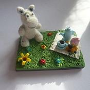 Куклы и игрушки ручной работы. Ярмарка Мастеров - ручная работа Муми-тролль на пикнике. Handmade.