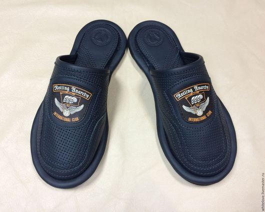 """Обувь ручной работы. Ярмарка Мастеров - ручная работа. Купить Кожаные тапочки """" Байкерский клуб"""". Handmade. Темно-серый"""