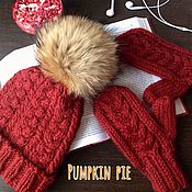 Аксессуары handmade. Livemaster - original item Red set of hat and mittens