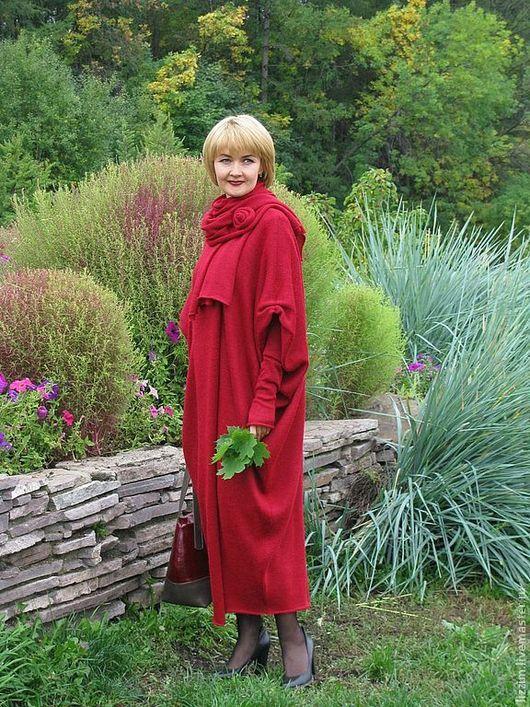 """Верхняя одежда ручной работы. Ярмарка Мастеров - ручная работа. Купить Вязаное пальто """"Афина - 3. Handmade. Ярко-красный"""