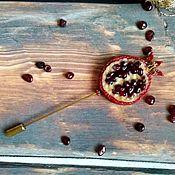 """Брошь-булавка ручной работы. Ярмарка Мастеров - ручная работа Брошка-крошка """"Гранат"""". Handmade."""