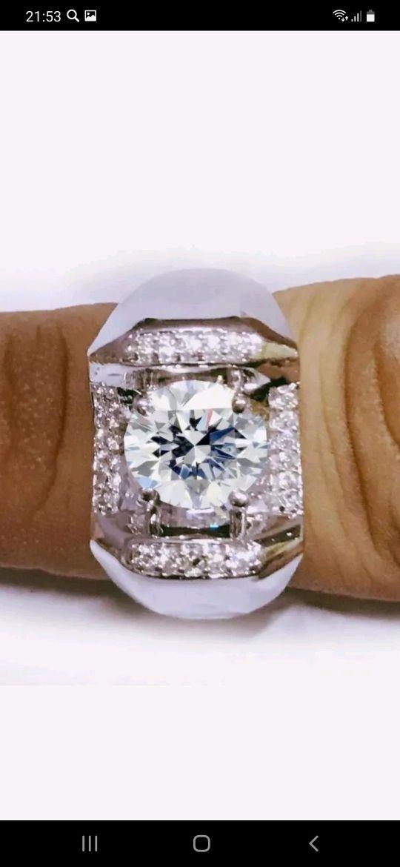 Серебряное мужское кольцо с муассанитами, Кольцо-печатка, Омск,  Фото №1