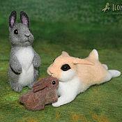 Куклы и игрушки ручной работы. Ярмарка Мастеров - ручная работа Зайцы-кролики (сухое валяние). Handmade.