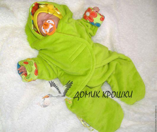 """Для новорожденных, ручной работы. Ярмарка Мастеров - ручная работа. Купить Комбинезон-конверт для новорожденного """"Цветочек"""" ярко-фисташковый. Handmade."""
