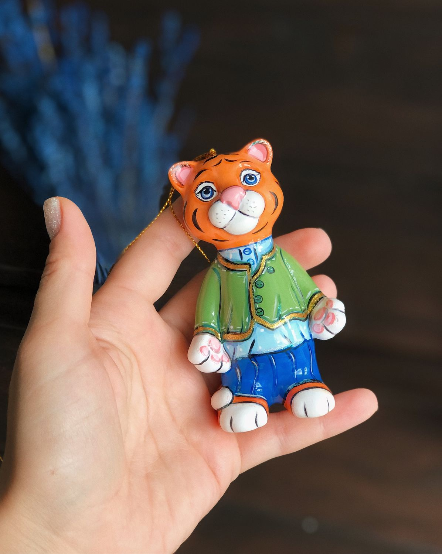 Тигр игрушка на ёлку Кузя расписной , 12 см, Елочные игрушки, Москва,  Фото №1