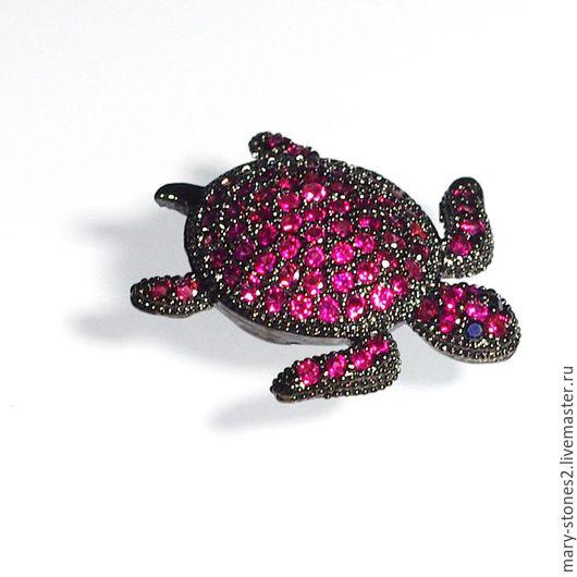 Для украшений ручной работы. Ярмарка Мастеров - ручная работа. Купить Бусина черная черепаха с малиновыми фианитами. Handmade.