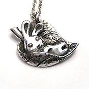 """Украшения ручной работы. Ярмарка Мастеров - ручная работа подвеска из серебра """"Кролик  в листочке"""". Handmade."""