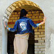 Одежда ручной работы. Ярмарка Мастеров - ручная работа Джинсовый жакет с росписью. Handmade.