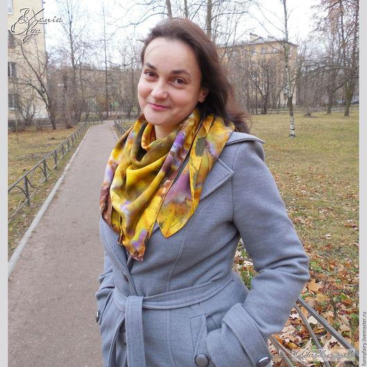 Платок шелковый с ручным окрашиванием батик шибори Осень scarf shawl silk handmade russia Шалунья Петербург Палантины платки шарфы кашне из шелка ручное окрашивание Батик в подарок девушке женщине