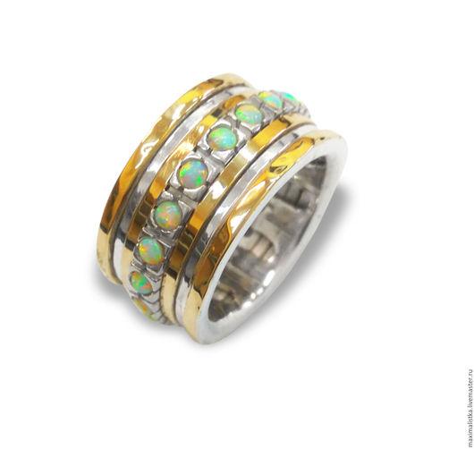 """Кольца ручной работы. Ярмарка Мастеров - ручная работа. Купить Кольцо """"Искристые опалы"""" из золота и серебра с белыми опалами, женское. Handmade."""