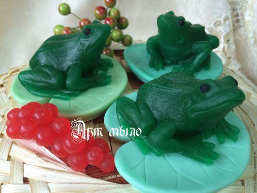 """Мыло ручной работы. Ярмарка Мастеров - ручная работа. Купить мыло""""Лягушка"""". Handmade. Зеленый, мыло сувенирное, сувенирное мыло"""