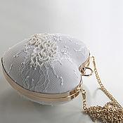 """Классическая сумка ручной работы. Ярмарка Мастеров - ручная работа Свадебная сумочка """" White heart """". Handmade."""
