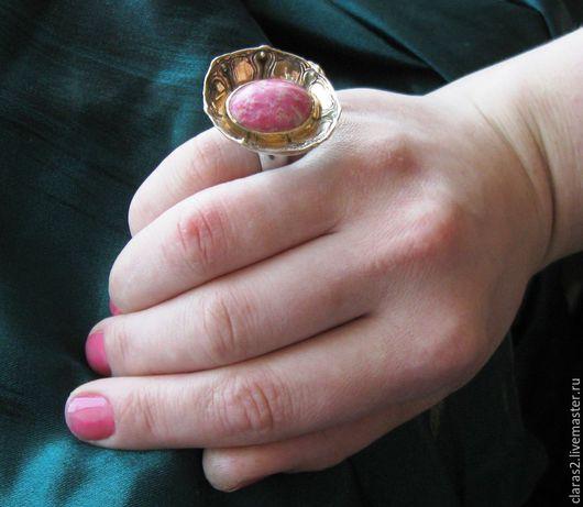 Кольца ручной работы. Ярмарка Мастеров - ручная работа. Купить Кольцо Цветок Купавы  из серебра. Handmade. Коралловый, Любава