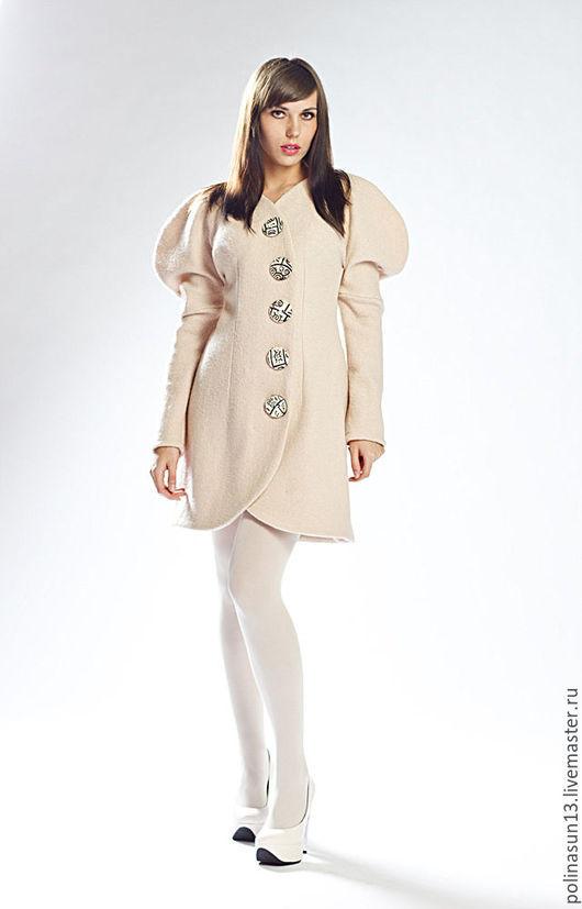 """Платья ручной работы. Ярмарка Мастеров - ручная работа. Купить Кафтан """"Зигзаг"""". Handmade. Кафтан, Бежевое пальто, зимняя одежда"""