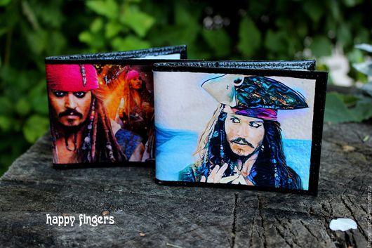"""Обложки ручной работы. Ярмарка Мастеров - ручная работа. Купить Кожаная обложка на студенческий """"Пираты Карибского моря"""" джонни депп. Handmade."""