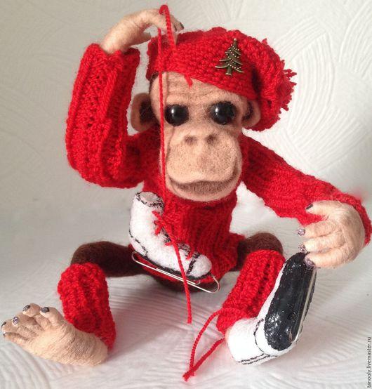 Игрушки животные, ручной работы. Ярмарка Мастеров - ручная работа. Купить Биба  ,обезьяна на коньках.... Handmade. Коричневый, сувениры и подарки