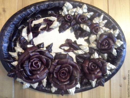 Цветы из кожи в украшении. цветы. Кожаные цветы. Украшение из кожи. Картина с цветами. Подарок на любой случай.Цветы из кожи. Картина из кожи. Панно из кожи. Туся.Розы из кожи. украшение интерьера.