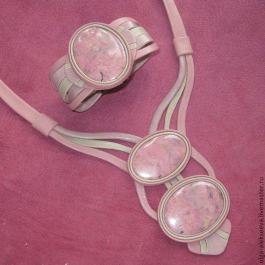 Комплекты украшений ручной работы. Ярмарка Мастеров - ручная работа. Купить Комплект с родонитом Розовый фламинго. Handmade. Бледно-розовый