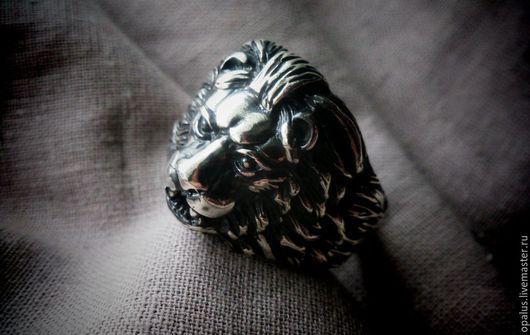 """Украшения для мужчин, ручной работы. Ярмарка Мастеров - ручная работа. Купить Кольцо """"Добрый лев"""". Handmade. Серебряное кольцо"""