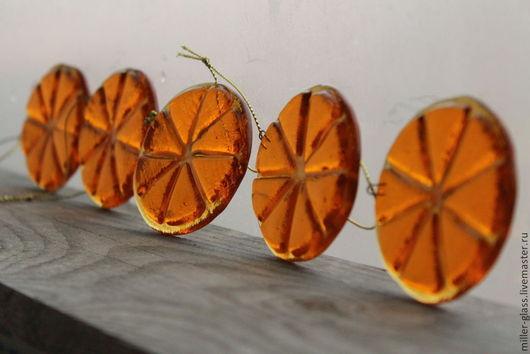 """Праздничная атрибутика ручной работы. Ярмарка Мастеров - ручная работа. Купить Игрушка на елку """"Апельсин в карамели"""" фьюзинг. Handmade. Рыжий"""