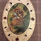 """Для дома и интерьера handmade. Livemaster - original item Часы настенные """"Новогодний котенок"""". Handmade."""