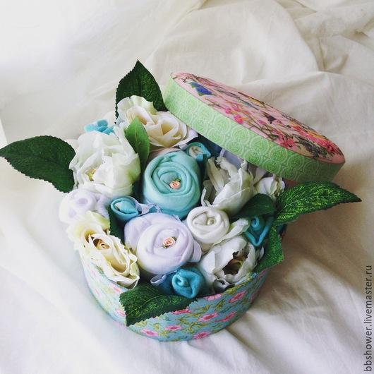 """Подарки для новорожденных, ручной работы. Ярмарка Мастеров - ручная работа. Купить Букет из детской одежды """"Мятная нежность"""". Handmade. Разноцветный"""