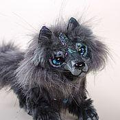 Куклы и игрушки ручной работы. Ярмарка Мастеров - ручная работа Хранитель спокойной жизни, халькопиритовый волк. Handmade.