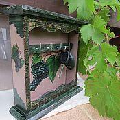 """Для дома и интерьера ручной работы. Ярмарка Мастеров - ручная работа Ключница """"Синий виноград"""". Handmade."""