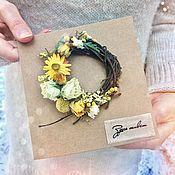 Открытки ручной работы. Ярмарка Мастеров - ручная работа Открытка «Здесь живёт Настроение» с букетом из сухоцветов. Handmade.