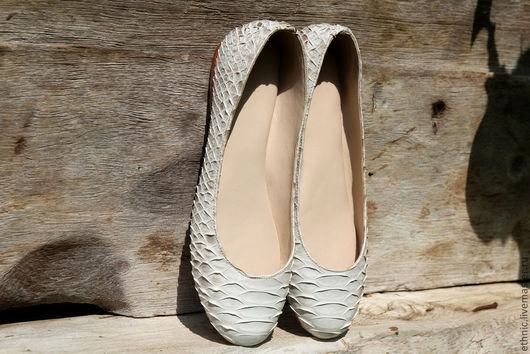 Обувь ручной работы. Ярмарка Мастеров - ручная работа. Купить Балетки из кожи питона. Handmade. Белый, обувь ручной работы