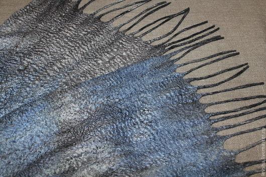 """Шарфы и шарфики ручной работы. Ярмарка Мастеров - ручная работа. Купить Шарф мужской валяный """"Silver blue"""". Handmade. Серый"""
