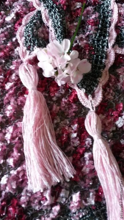 Шали, палантины ручной работы. Ярмарка Мастеров - ручная работа. Купить Шаль - косынка Розовая и яркая. Handmade. Фуксия
