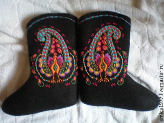 """Обувь ручной работы. Ярмарка Мастеров - ручная работа. Купить Вышитые валенки """"Павлин"""". Handmade. Черный, павлин"""