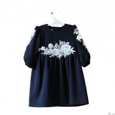 Работы для детей, ручной работы. Ярмарка Мастеров - ручная работа Темно-синее нарядное платье для девочки из джерси с кружевом. Handmade.
