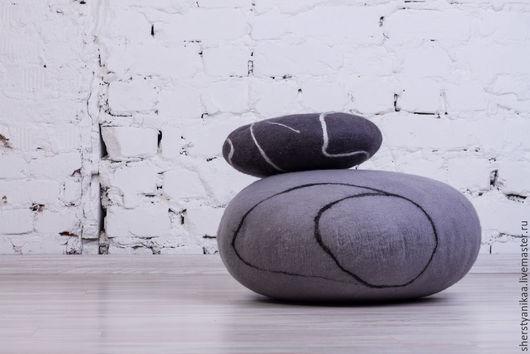 Мебель ручной работы. Ярмарка Мастеров - ручная работа. Купить Камни из войлока d-90 cм. Handmade. Серый