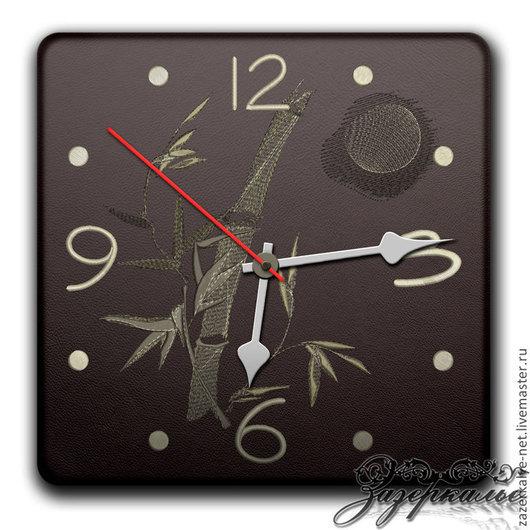 "Часы для дома ручной работы. Ярмарка Мастеров - ручная работа. Купить Натуральная кожа, вышивка, часы ""Бамбук при луне"". Handmade."