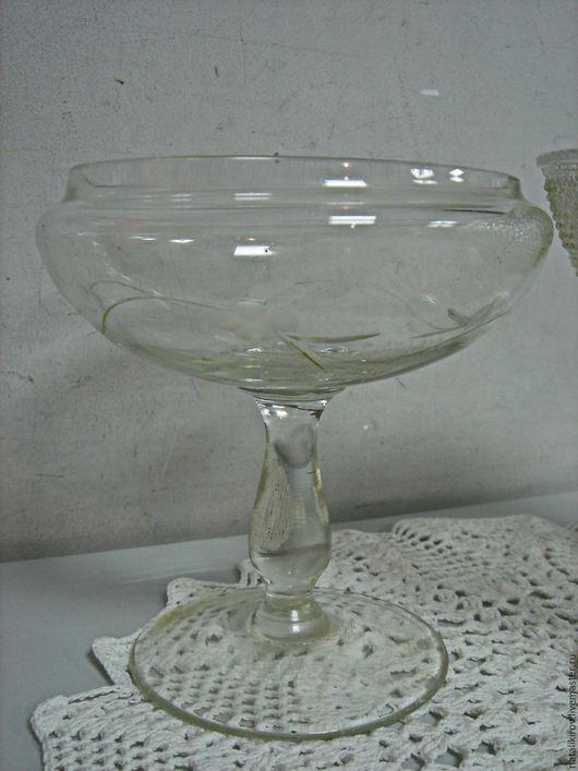 Винтажная посуда. Ярмарка Мастеров - ручная работа. Купить Маленькая вазочка. Винтаж.. Handmade. Белый, вазочка, ваза стеклянная, интерьер