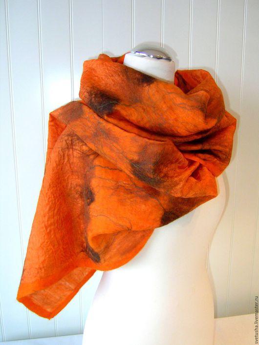 """Шали, палантины ручной работы. Ярмарка Мастеров - ручная работа. Купить Палантин валяный """"Понж Оранж"""" войлочный мериносовый шелковый шарф. Handmade."""