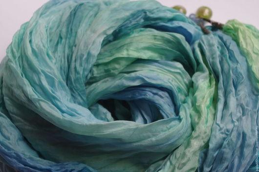 """Шали, палантины ручной работы. Ярмарка Мастеров - ручная работа. Купить Палантин шелковый батик """"Голубая луна"""". Handmade."""