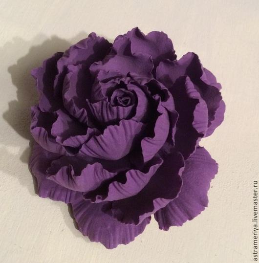 Заколки ручной работы. Ярмарка Мастеров - ручная работа. Купить Заколка брошь с фиолетовым пионом из полимерной глины. Handmade. Фиолетовый