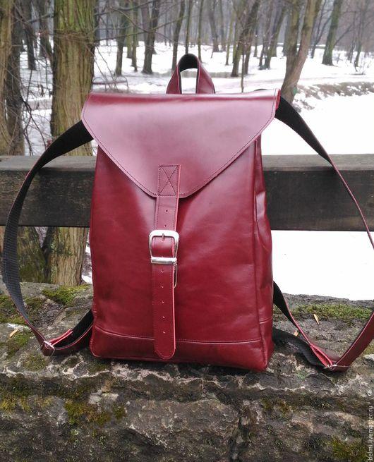 Кожаный рюкзак `Бордо`
