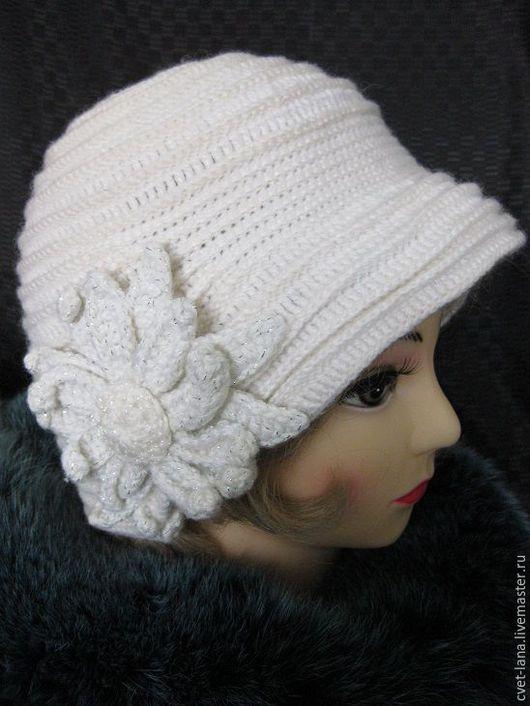 Женская шляпка в стиле `Ретро`