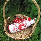 Подарки к праздникам ручной работы. Ярмарка Мастеров - ручная работа Свитерок на шампанское с Году Петуха. Handmade.