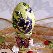 Сувениры и подарки handmade. Livemaster - original item Easter egg pansies decoupage. Handmade.