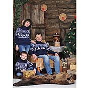Одежда ручной работы. Ярмарка Мастеров - ручная работа Вязаные свитера Снежный олень..Семейный комплект. Handmade.