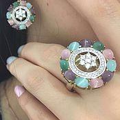 Акварель. Серьги и кольцо с бриллиантами и корундами в золоте 585