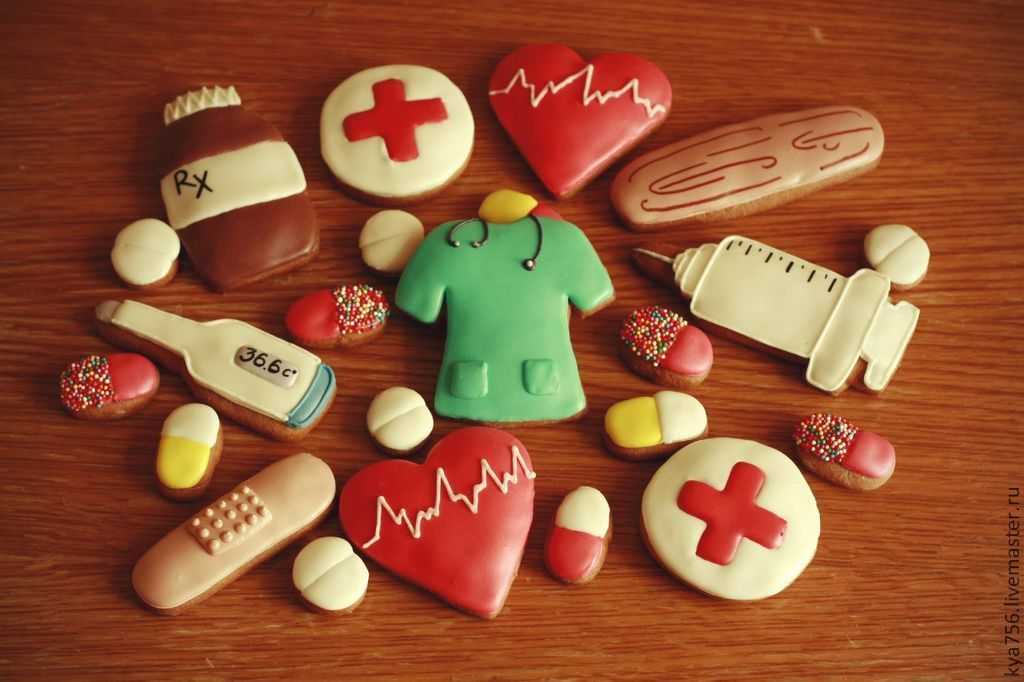 Что можно сделать на день медика своими руками