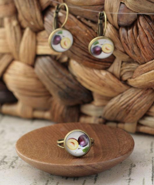 """Кольца ручной работы. Ярмарка Мастеров - ручная работа. Купить Кольцо """"Слива"""". Handmade. Фиолетовый, кольцо, ягоды, украшение с овощами"""